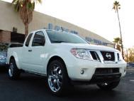 2015 Nissan Frontier 2WD King Cab V6 Auto Desert Runn