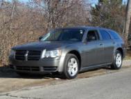 2008 Dodge Magnum Base