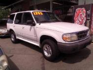 1999 Ford Explorer XL