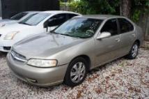 2000 Nissan Altima XE