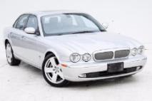 2006 Jaguar XJR Base