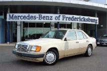 1990 Mercedes-Benz 300-Class 300 E 2.6