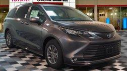 2021 Toyota Sienna XLE 8-Passenger