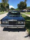 1989 Lincoln Town Car Base