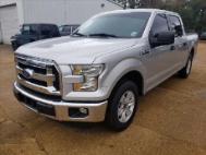 2015 Ford F-150 2WD SUPERCREW 145  KING R