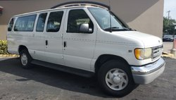 2002 Ford Econoline Wagon E-350 Super Duty XLT