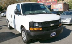 2011 Chevrolet Express Cargo Van 2500