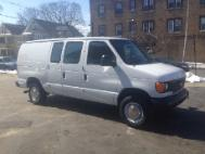 2004 Ford E-Series Van E-250