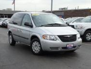2006 Chrysler Town and Country Base