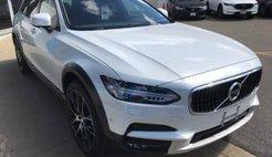 2019 Volvo V90 Cross Country T6