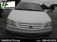 2001 Toyota Sienna LE