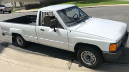 1984 Toyota Pickup Deluxe