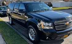 2007 Chevrolet Suburban LTZ Special Edition SUV Fully Loaded W/ Nav
