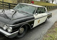 1962 Ford black/white trim code 56