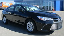 2016 Toyota Camry LE w/Pwr Seat & Rearview Camera