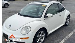 2008 Volkswagen New Beetle Triple White