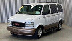 2003 GMC Safari SLT