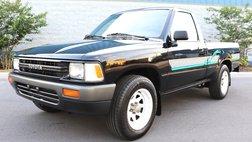 1990 Toyota Pickup Base