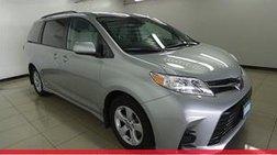 2020 Toyota Sienna LE 7-Passenger Auto Access Seat