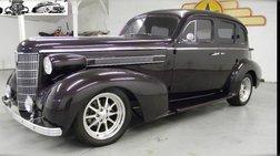 1937 Oldsmobile Custom Cruiser