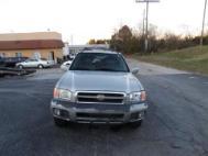 2000 Nissan Pathfinder LE