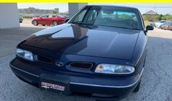 1998 Oldsmobile LSS Base