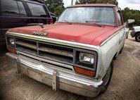 1986 Dodge RAM 150 Base