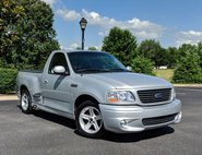 2004 Ford F-150 SVT LIGHTNING Base