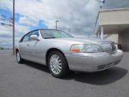 2004 Lincoln Town Car Executive