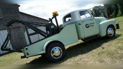 1950 Chevrolet 3600 Tow Truck Weaver Auto Crane