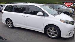 2013 Toyota Sienna SE 8-Passenger
