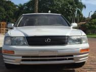 1997 Lexus LS 400 Coach