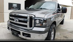 2006 Ford F-250 XLT Crew Cab Long Bed 2WD