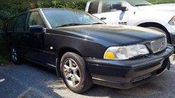 1999 Volvo V70 Base