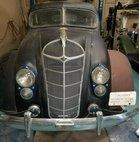 1936 Chrysler Imperial 4 door sedan