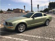 2005 Ford Mustang Premium Coupe 2D