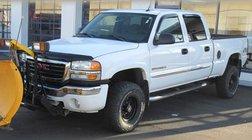 2005 GMC Sierra 2500HD SLE w/ Plow