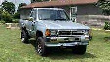 1988 Toyota Pickup Base