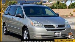 2005 Toyota Sienna LE Minivan 4D