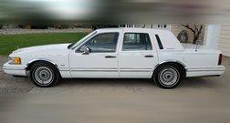 1991 Lincoln Town Car Base