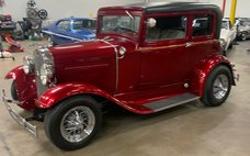 1931 Ford red