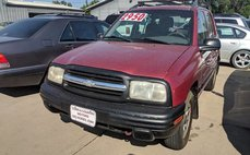 2001 Chevrolet Tracker Base