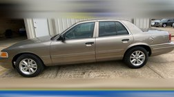 2004 Ford Crown Victoria Base