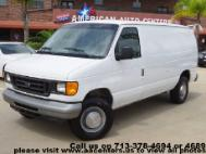 2005 Ford E-Series Van E-350 SD