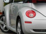 2009 Volkswagen New Beetle Blush Edition