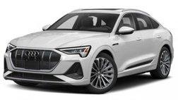 2022 Audi e-tron quattro Premium Plus