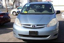 2007 Toyota Sienna CE FWD 7-Passenger