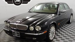 2005 Jaguar XJR Base