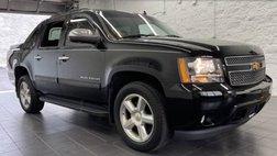 2013 Chevrolet Avalanche LS Black Diamond