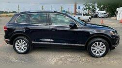 2015 Volkswagen Touareg Sport w/Technology AWD